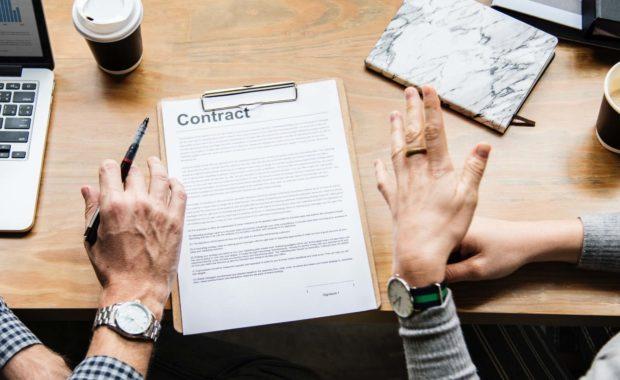 Overleg met contract - HJTC Blog